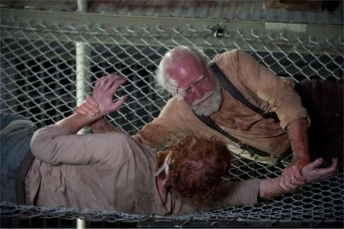 walking-dead-internment-hershel-walker
