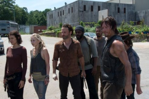 the-walking-dead-too-far-gone-ricks-group