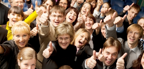 Happy-Crowd-w-Thumbs-Up-istockphoto