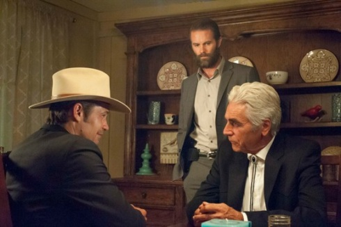 Justified-The-Trash-and-the-Snake-Season-6-Episode-4-06