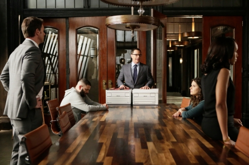"SCANDAL - ""You Can't Take Command"" - Everything comes to a head in the shocking season finale when Olivia and the team finally make some big moves to take down Command, and Mellie's fate is sealed as the election results are announced, on the season finale of ""Scandal,"" THURSDAY, MAY 7 (9:00-10:00 p.m., ET) on the ABC Television Network. (ABC/Nicole Wilder) SCOTT FOLEY, GUILLERMO DIAZ, JOSHUA MALINA, KATIE LOWES, KERRY WASHINGTON"