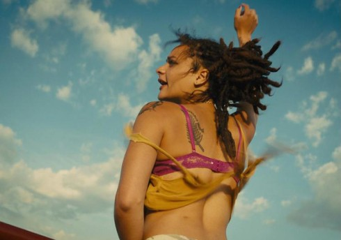 american-honey-trailer-1-sd-goldposter_com